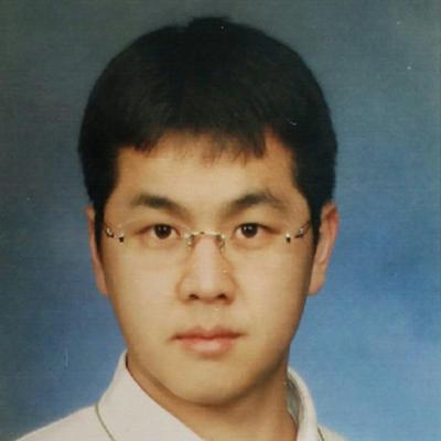 Jungwoo Yang